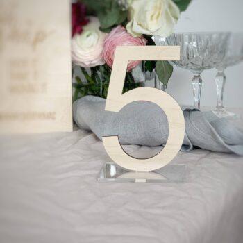 bordnummer i træ