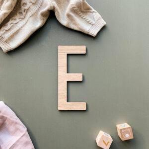 udskåret bogstav