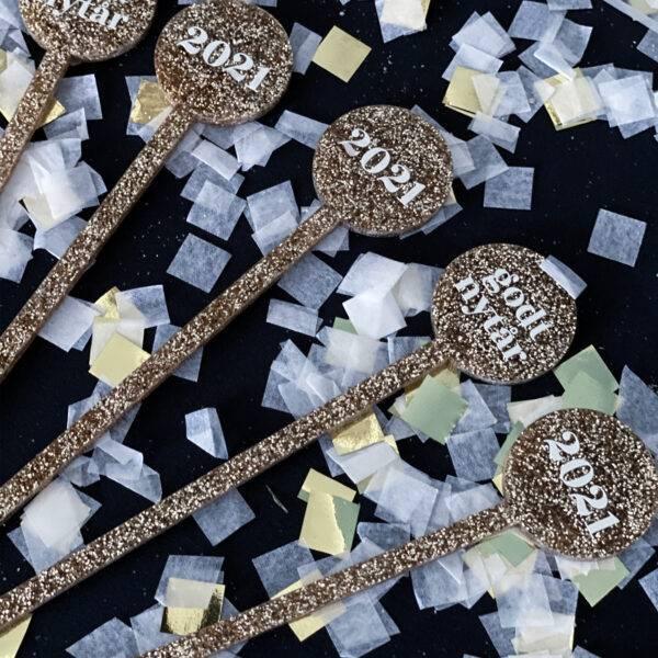 sort glimmer drinkspinde nytår med 2021