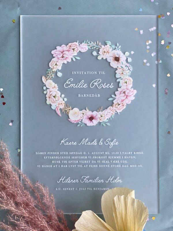 barnedåb invitation akryl frosted med blomster