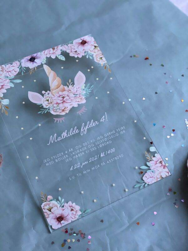 akryl invitation børnefødselsdag enhjørning