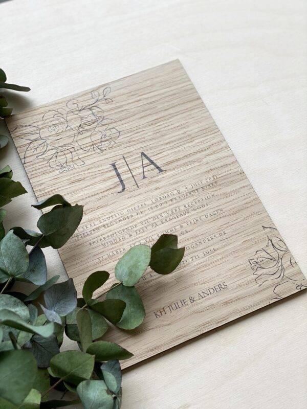 invitation i træ til bryllup