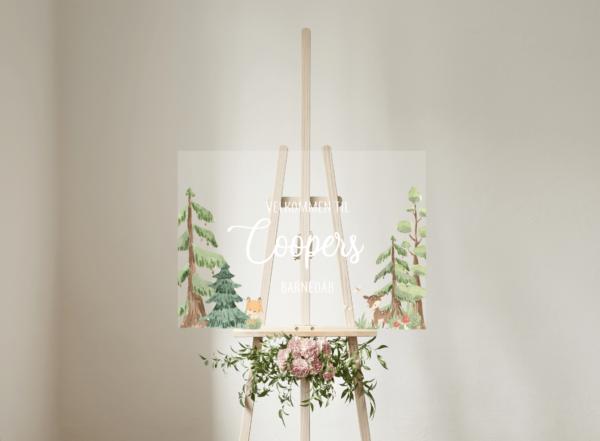 akryl skilt til fødselsdag eller barnedåb birkefinér woodland