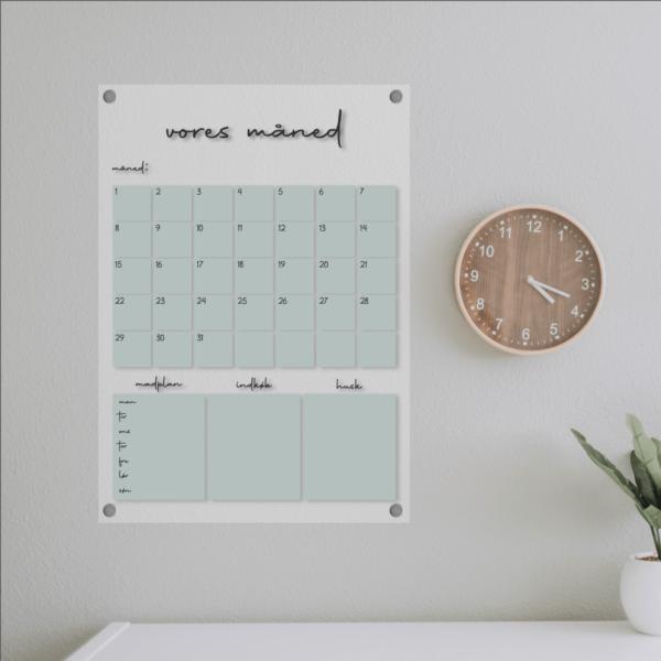 kalender til boligen i akryl, design amsterdam grøn